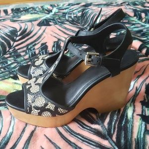 COACH Nelly Wedge Sandals Sz 8